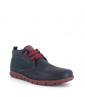 ON FOOT 8552